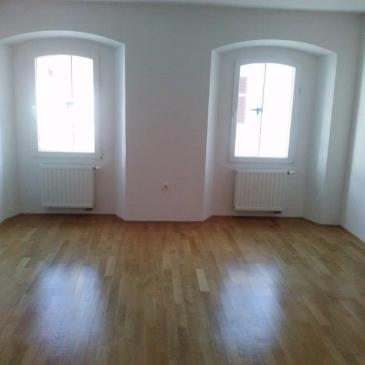 Stanovanje št. 3 velika soba